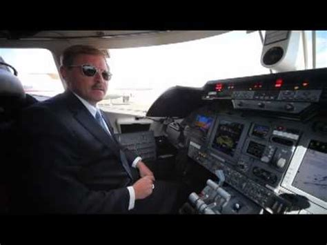 Farnborough 2010: Bombardier Learjet 60 XR Cockpit Visit ...