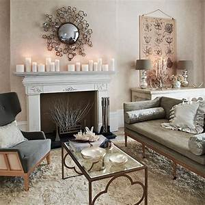 Soft grey and cream living room decorating