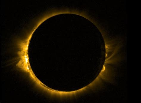 Solar eclipse 2021 to create a 'ring of fire' at sunrise ...