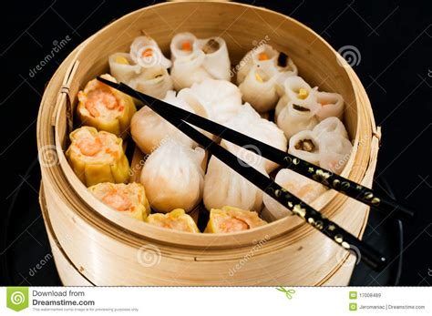 chinois fin cuisine ravioli chinois images libres de droits image 17008489