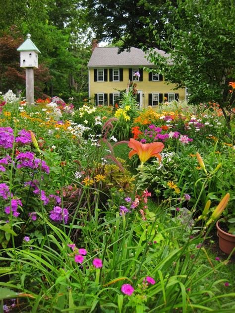 summer gardens beautiful photos of summer gardens hgtv