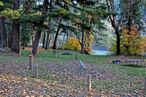 rogue oregon elk river rafting water jet campground park camping website visit jacksoncountyor travelmedford