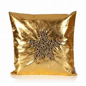 Kissen Mit Stern : goldenes kissen mit stern online bei trend4rooms ~ Markanthonyermac.com Haus und Dekorationen