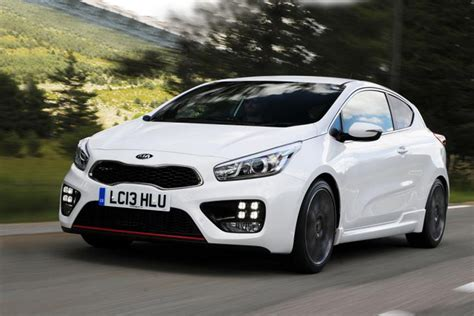 Kia Pro_cee'd GT 2013 review | Auto Express