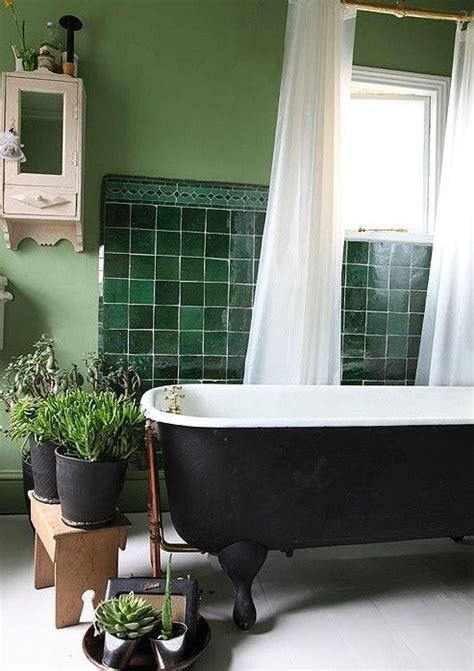 Green Bathroom Backsplash by 84 Best Green Bathrooms Images On Green