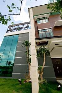 Three Story House In Malaysia With Stunning Views From The