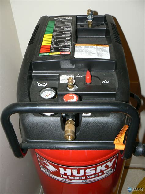 husky hp peak air compressor    tool set