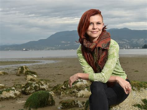 carin bondar s outrageous acts of teaching science vancouver courier