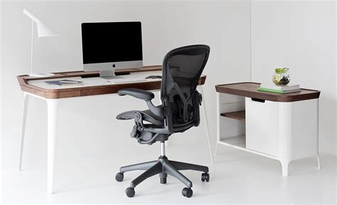airia desk herman miller whitevan