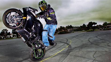 2013 Kawasaki Zx-6r Stuntbike! Jason Britton Shows Off His