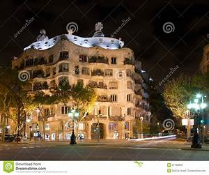 Casa Mila By Night Royalty Free Stock Photos - Image: 27196848