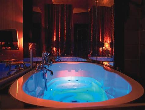hotel avec dans la chambre lyon chambre avec privatif 40 idées romantiques