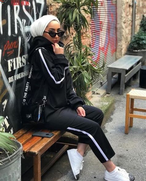 chic  comfy hijab outfits  sport lovers