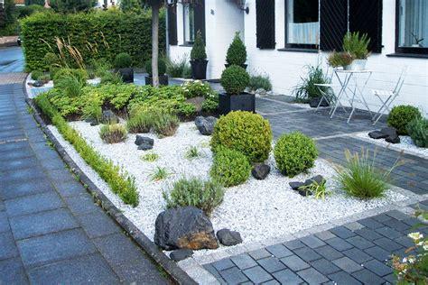 Sitzplatz Garten Kies by Pause Im Vorgarten Garten Und Landschaftsplanung