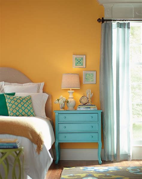 Bedroom Decorating Ideas Yellow Paint by Best 25 Yellow Walls Bedroom Ideas On Yellow