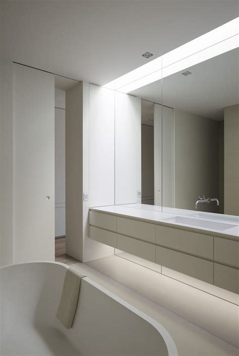 Peruse these bathroom mirror ideas to find the perfect piece and add some sparkle and shine to your morning routine. Bathroom Mirror Ideas - Fill The Whole Wall   CONTEMPORIST