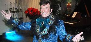 Liberace themed lgbt wedding at viva las vegas weddings for Gay wedding packages las vegas