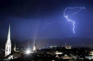 Blitz Entfernung Berechnen : physik forscher holen blitze vom himmel wissen ~ Themetempest.com Abrechnung