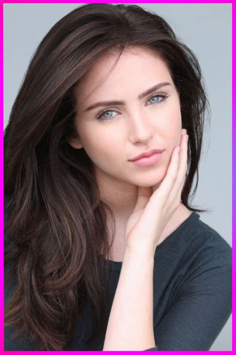 Hottest Long Straight Loose Layered Haircuts and Styles
