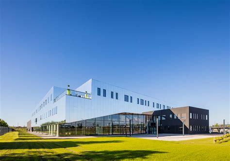 laboratoire nuxe siege social chabanne architecte laboratoires
