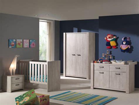 chambre bébé contemporaine chambre bébé complète contemporaine chêne espagnol ariette