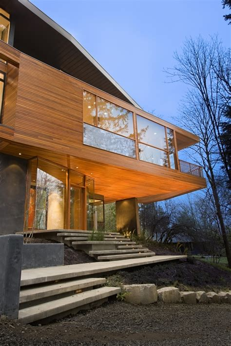 twilight cullen house quot twilight quot the cullen family s contemporary house hooked on houses