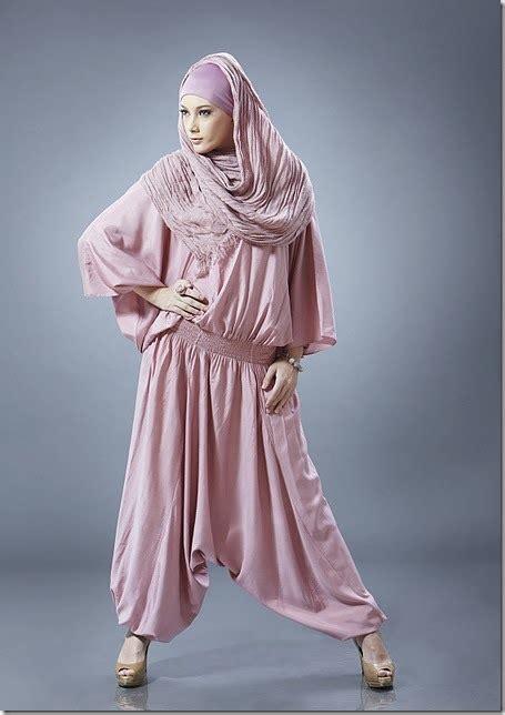 trend fashion busana muslim trendy casual