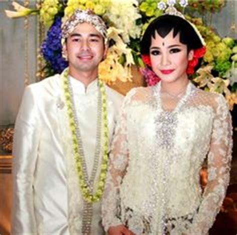 model kebaya pengantin artis nia ramadhani adat sunda