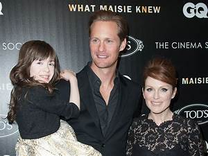 "Julianne Moore talks ""What Maisie Knew"" on NYC red carpet ..."