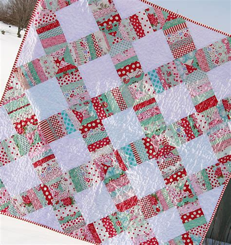square wedding ring quilt pattern liberated wedding ring quilt giveaway coriander quilts