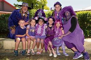Purple reigns as Ellen Stirling PS students take part in ...