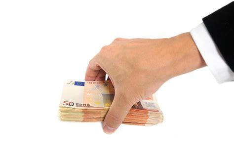 tout savoir sur la saisie sur compte bancaire billet de banque - Saisie Sur Compte