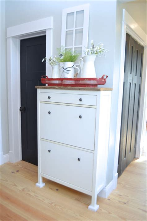 Ikea Stall Shoe Cabinet Hack by A Simple Ikea Hemnes Shoe Cabinet Hack Newlywoodwards