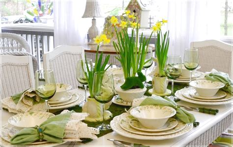 Green Table Setting Dinner Party Ideas Romatic