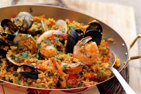 seafood paella giovannis fish market