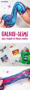 Galaxy Schleim Selber Machen : so kannst du galaxy slime selber machen toll f r kinder zum spielen selber machen diy ~ Frokenaadalensverden.com Haus und Dekorationen