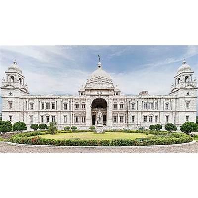 Lord Curzon Statue at Victoria Memorial Hall Kolkata