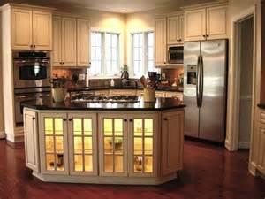 corner kitchen island 25 best ideas about corner kitchen layout on kitchen layouts corner pantry cabinet