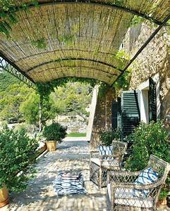 pergola aus metall 40 inspirierende beispiele und ideen With französischer balkon mit garten pergola