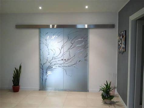 Porte Scorrevoli Esterne Vetro porte in vetro scorrevoli esterno parete binario e incasso