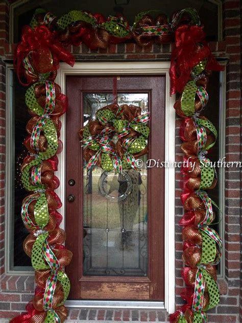 posh christmas garland  wreath   feet