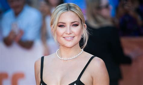 kate actress on instagram kate hudson shares photo on instagram of goldie hawn and