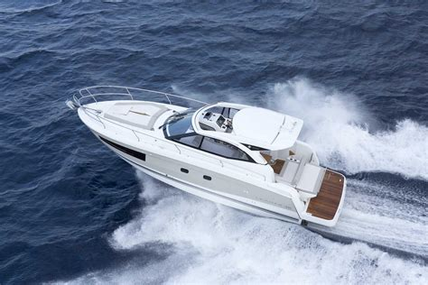 Best Boat For Family Of 5 by The Leader 36 Has Won Best Of Boat 2015 In The Category