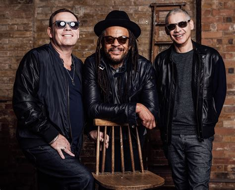 About Ub40 Featuring Ali Campbell, Astro And Mickey Virtue