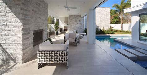 fond blanc cuisine maison d architecte près d un lac à orlando