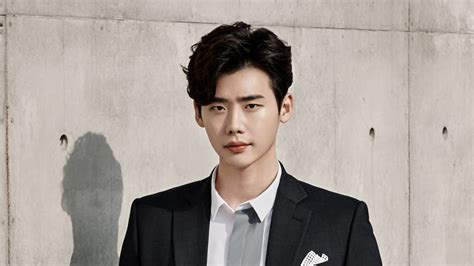 lee-jong-suk يقرر تأجيل خدمته العسكرية