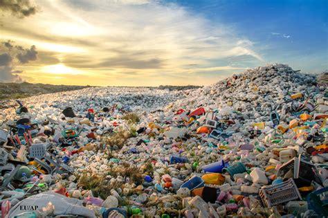Atkritumi: palielināt pārstrādi, samazināt noglabāšanu ...