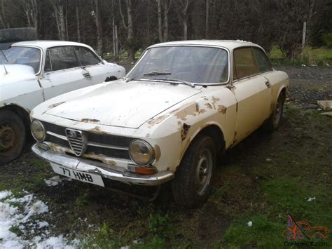 Alfa Romeo Bertone 1600 Gt Junior White