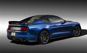 2015 Shelby GT350R unveiled, most track-ready Mustang yet | PerformanceDrive