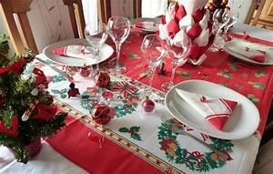 Table De Noel Traditionnelle : d coration de noel rouge et blanc avec ~ Melissatoandfro.com Idées de Décoration